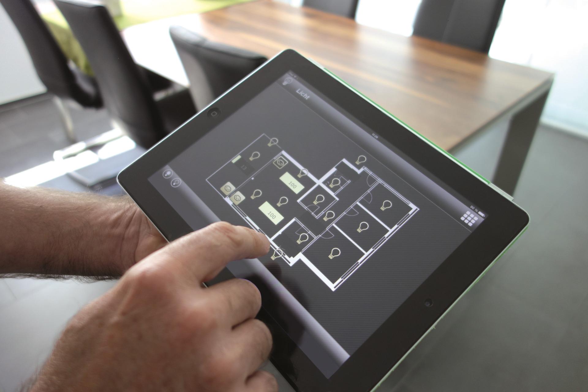 geb udeautomation mit knx auch f r kleine wohnungen bezahlbar. Black Bedroom Furniture Sets. Home Design Ideas